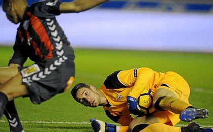 Sergio Rico falló en el 1-1 pero luego salvó el punto