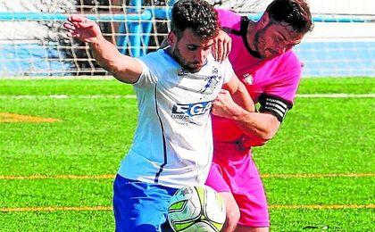 Es el Máximo goleador del G. II de Segunda Andaluza.