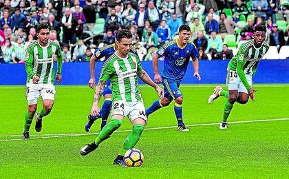 Rubén, en un partido de Liga.