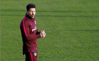 """Simeone: """"¿Torres? No tengo absolutamente nada con nadie"""""""
