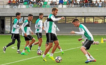 Imagen del entrenamiento del Betis de esta tarde.