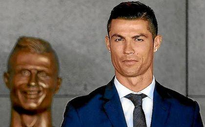 Cristiano recibe un homenaje en Madeira.