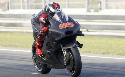 Jorge Lorenzo rueda con Ducati en el Circuito de Jerez
