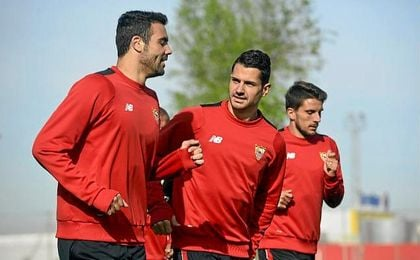 Vitolo, Sergio Rico y Mariano, novedades en el entrenamiento del Sevilla
