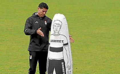 El Oviedo lucha para entrar en los ´play off´
