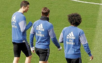 Zidane vuelve a hacer rotaciones.