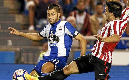Carles Gil fue de los destacados del Deportivo ayer.