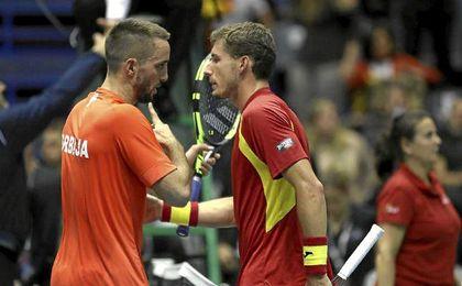 Serbia evita la reacción de España y sentencia su pase a semifinales (3-0)
