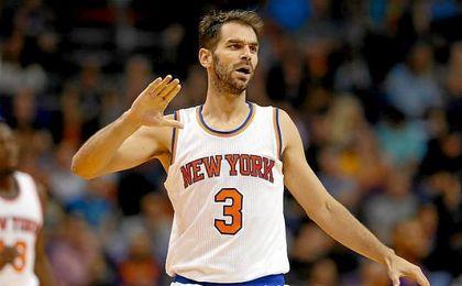 Willy destaca como líder de los Knicks; ganan Ibaka y Calderón