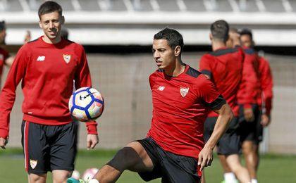 El Sevilla se ejercitó pensando ya en Mestalla.