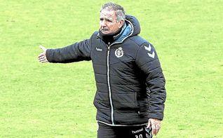 Paco Herrera continuará como entrenador del Valladolid