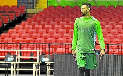 Trent Lockett podría ejercer hoy de ´4´ en caso de que Boki Nachbar no fuera finalmente de la partida.