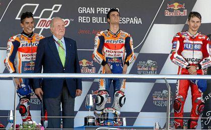 Pedrosa, junto a Márquez y Lorenzo, en el podio de Jerez.
