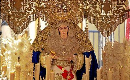 La Hermandad de la Resurrección denuncia el robo de varias joyas a la Virgen de la Aurora
