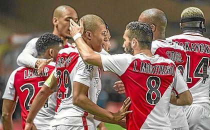 El Mónaco celebra uno de los cuatro goles que ha metido al Lille.