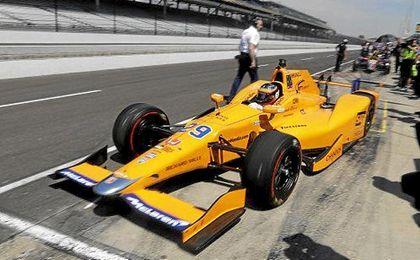 Alonso sí destaca en la Fórmula Indy.
