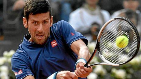 Djokovic y Goffin avanzan en Roma; Sharapova se retira por lesión