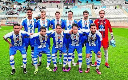 En la imagen, once inicial del CF Lorca Deportiva, rival del Betis B en la eliminatoria de campeones de ascenso a Segunda B