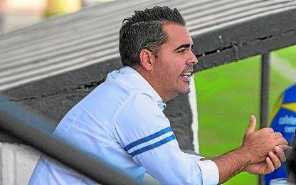 Salvador de la Cerda, en la presente temporada, en su etapa en el Nervión.
