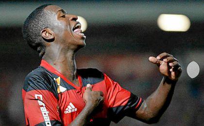 Vinicius apenas ha jugado dos partidos con el Flamengo, pero el Madrid pagará 45 millones por él.