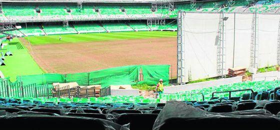 Las obras de Gol Sur del Benito Villamarín van viento en popa, según lo previsto.