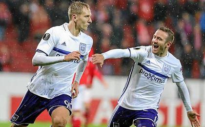 El de Albox, en un partido con el Anderlecht.