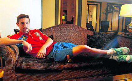 El palaciego Jesús Navas, campeón del Mundo y de Europa con España, quiere volver a casa este verano.