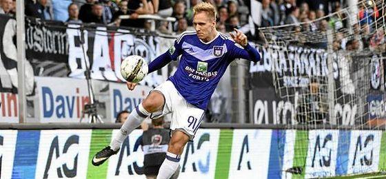 Teodorczyk, en un partido con el Anderlecht belga.