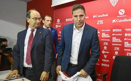 Castro y Berizzo, momentos previos a la presentación del argentino.