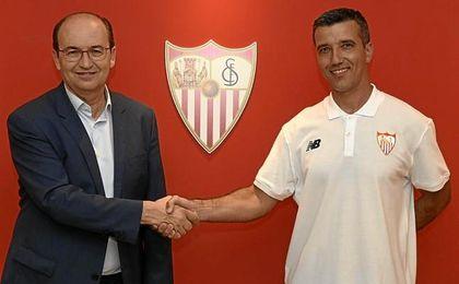 El nuevo técnico del Sevilla femenino.