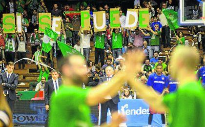 La afición verdiblanca acompañó al equipo hasta el final, pese a las decepciones de toda la temporada.