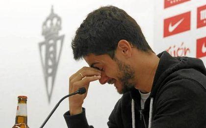 Nacho Cases se despide del Sporting entre lágrimas y agradecimientos