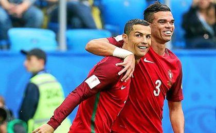 Cristiano y Pepe, felices.