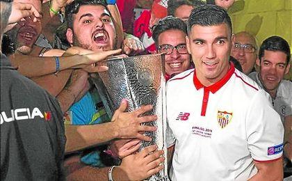 Reyes se marchó en la 03/04 rumbo al Arsenal y regresó en 2012.