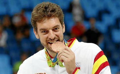 Gasol, con la medalla olímpica de los JJOO de Río.