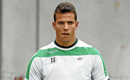 Pedro repetirá pretemporada con el primer equipo.