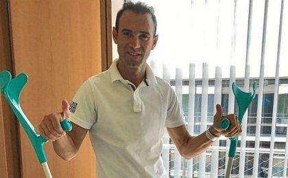 """Valverde sale del hospital """"agradecido y confiado"""" en su recuperación"""