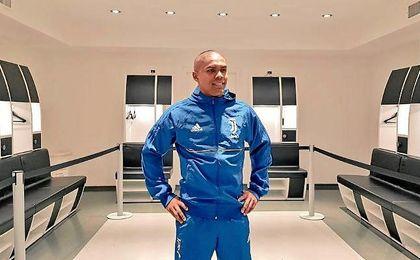 El brasileño ha sido presentado por el equipo ´bianconero´.