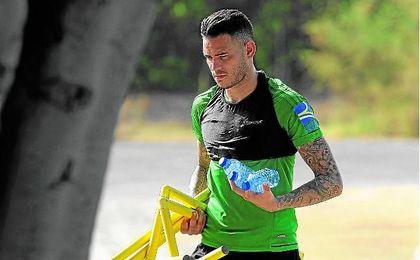 Tonny Sanabria sigue trabajando para llegar al inicio de temporada.