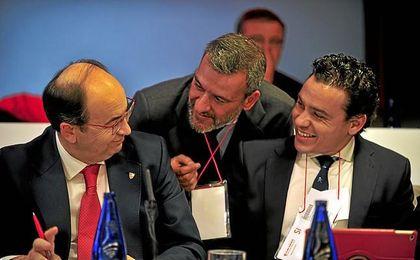 José Castro y Del Nido Carrasco, en una junta de accionistas del Sevilla.