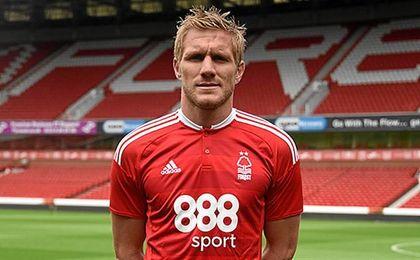 El polaco estaba en el Nottingham Forest.