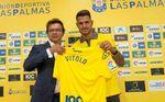 El Sevilla anuncia medidas legales por Vitolo y fichajes
