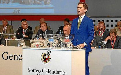 Imagen de archivo del sorteo del calendario de Liga.