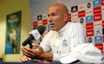 Zidane reclama más pólvora arriba.