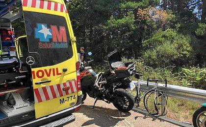 Un ciclista muere al chocar con una moto