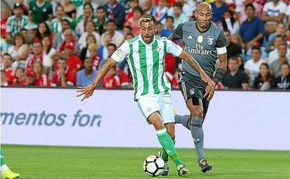 Camarasa, durante el amistoso que enfrentó a Betis y Benfica