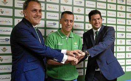 Alejandro Martínez ha sido presentado hoy como entrenador del Real Betis.