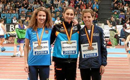 Solange Pereira y Marta Pérez, en el centro y derecha de la imagen respectivamente.