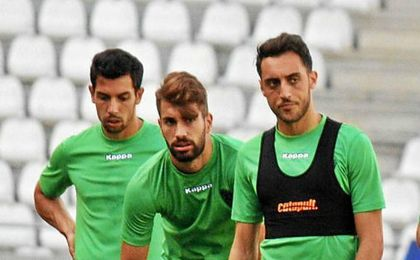 El Córdoba prepara en El Arcángel su partido de presentación ante el Betis