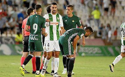 Feddal dejó solo a Markovic en el tanto del Córdoba.